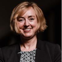Prof. Dr. Claudia Bünte, Gründerin & CEO