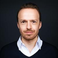 Jan Hugenroth, Geschäftsführer