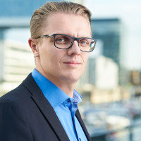 Artjom Bruch, Geschäftsführer