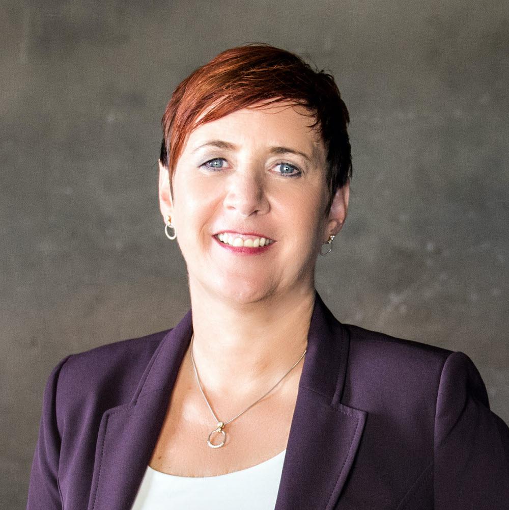 Monika Pürsing, Geschäftsführerin