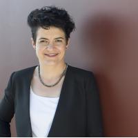 Sereina Schmidt, PR-Beraterin für CEO-Reputation, Krisenkommunikation