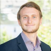 Fabian Reinkemeier, Consultant