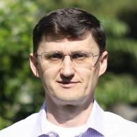 Yuriy Yuzifovich, Leiter der Security Innovation Labs
