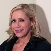 Julica Renn, Geschäftsführerin