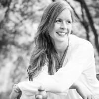 Romina Döhlemann, Expertin für Bewusstseinsarbeit und Mentorin für persönliche Weiterentwicklung