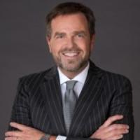 Holger Max-Lang, Geschäftsführer