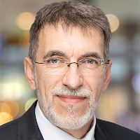 Dr. Mathias Bauer, Partner